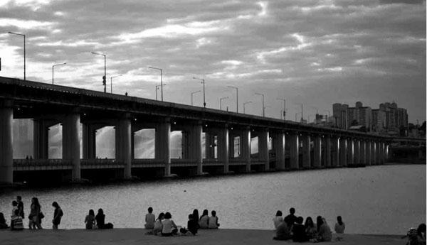 мост через реку Вей