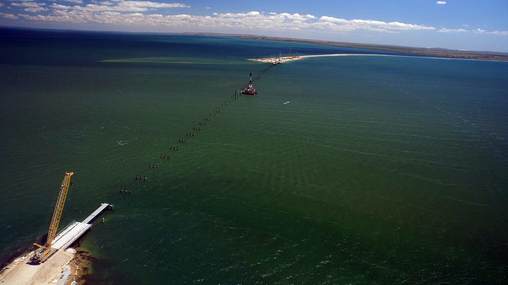 прокладка моста через Керченский пролив