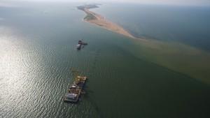 Севастопольские предприятия спроектируют и построят инфраструктуру для Керченского моста