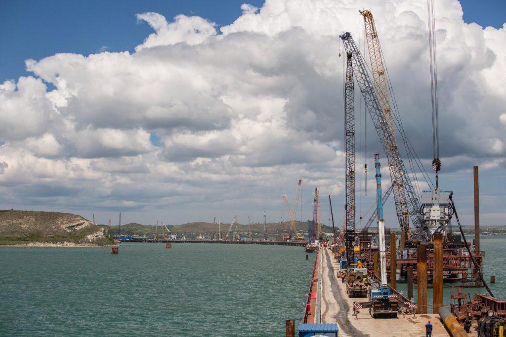 Возводимый Крымский мост может уцелеть от землетрясения