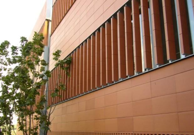 Почему облицовочная керамика – универсальный строительный материал?