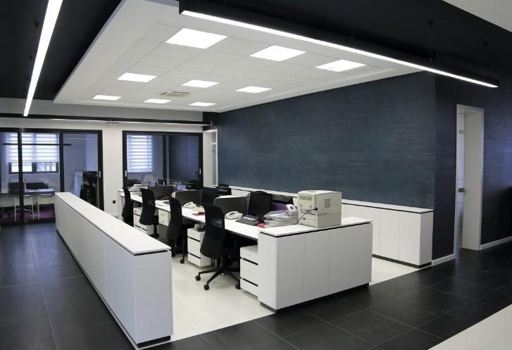 Как выбрать качественное офисное освещение?